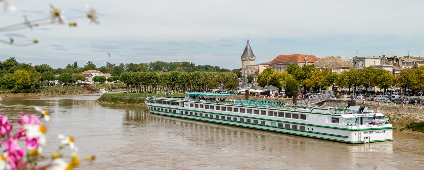 Port de libourne saint emilion cruise bordeaux le site officiel de la croisi re bordeaux - Office de tourisme libourne ...