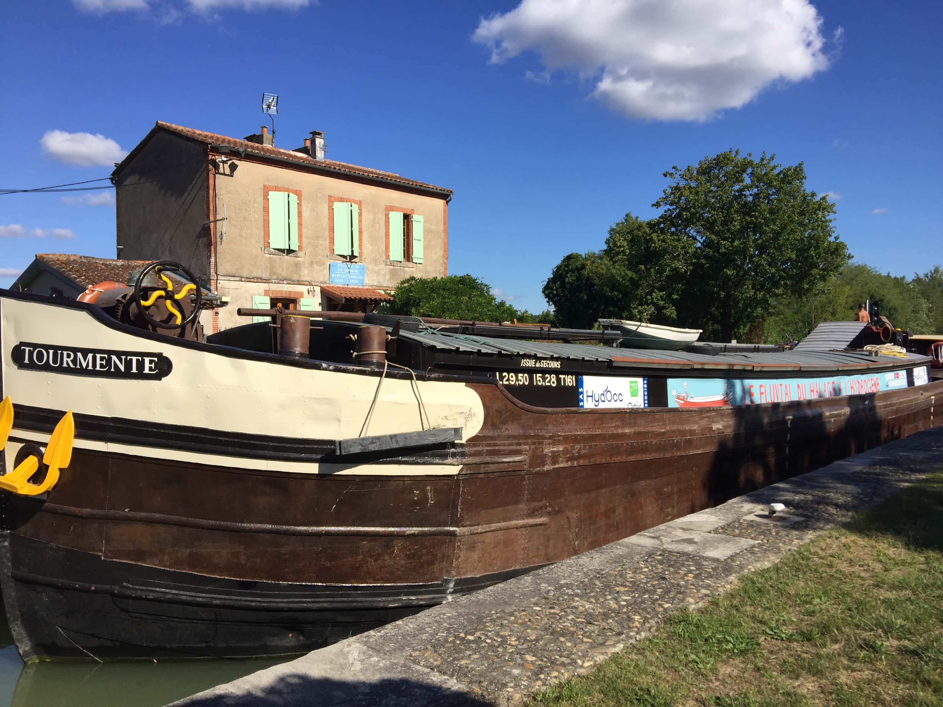Bordeaux a port of call for the narrowboat Tourmente